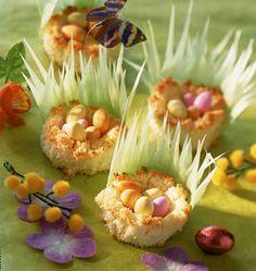 Petits nids de Pâques à la noix de coco - recettes de cuisine de Pâques