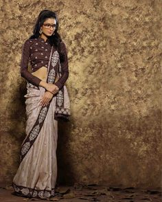 Beige Embroidered Viscose latest trendy Sarees       Fabric:   Viscose       Work:   Embroidered       Type:   latest trendy Sarees       Color:   Beige                 Fabric Blouse   Dupion       Colour Blouse   Brown
