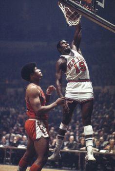 Basketball Leagues, Basketball Legends, Sports Basketball, Basketball Players, Sports Teams, Bill Russell, New York Knickerbockers, Inside The Nba, Lou Williams