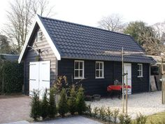 Uw specialist in houtbouw - BW Bouw Backyard Beach, Backyard Sheds, Carport Garage, Garage House, Barn Conversion Exterior, Tallit, Garden Office, Building A Shed, Bungalow