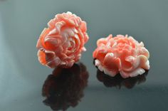 1pc 30mm Popular Pink Resin Plastic Carved Flower by YongyangBeads