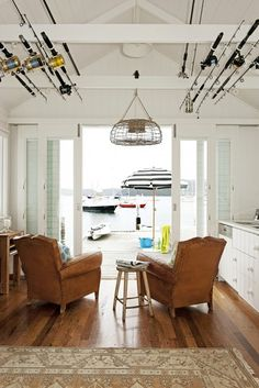 artandchic:  (via Interiors: Fantastic Small Nautical House! | Art And Chic)
