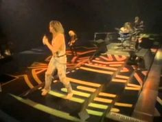 Def Leppard - Gods Of War Live 1988 (In The Round, In Your Face)