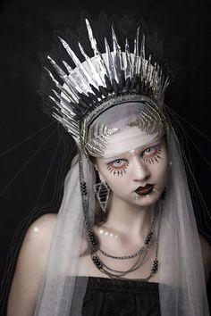 headpiece / queen bride by Cartismandua on DeviantArt Fantasy Photography, Creative Photography, Fashion Photography, Costume Makeup, War Paint, Dark Beauty, Headgear, Deviantart, Belle Photo