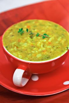 MELOMEALS : Chipotle Split Pea Soup. OMG. I gave this a try, thinking I didn't like split pea soup, but holy crap, I ate two bowls and then finished the leftovers for lunch today. LOVE LOVE LOVE this stuff. SO good.