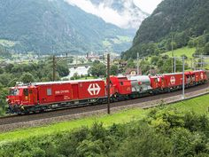 Swiss Federal Railways has awarded Windhoff Bahn- & Anlagentechnik and Dräger Safety a contract to supply three firefighting and rescue trainsets.