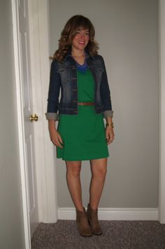 #OOTD Jean Jacket, Gap Green Dress, Ankle Boots & #SITC Cobalt Blue Statement Necklace ~ My Fall Style ~ http://sextoninthecity.ca/the-jean-jacket/SONY DSC