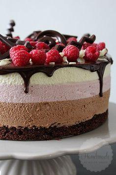 Chocolade frambozen mousse taart   HandmadeHelen