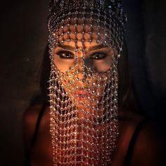 Burning Man Face Chain Mask Veil Bridal Veil Rave Mask Bridal Headpiece Festival Headdress Masquerade Mask Arabian Burqa Bedouin Tribal – Famous Last Words Masque Halloween, Rave Mask, Face Jewellery, Geode Jewelry, Chain Jewelry, Fine Jewelry, Amethyst Geode, Fashion Mask, Niqab Fashion