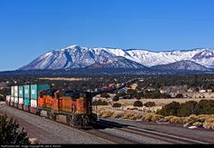 RailPictures.Net Photo: BNSF 5521 BNSF Railway GE C44-9W (Dash 9-44CW) at Flagstaff, Arizona by Luke A. Renish