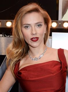 Dare to Go Red: Photos of Gorgeous Red Hair Color: Scarlett Johansson