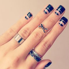 Construcciones de realidad: Follow up de Nail art!http://faneroscopia.blogspot.com.ar/2014/04/follow-up-de-nail-art.html