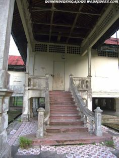 """Standing alone in Punggol, the Matilda House has been around for more than a hundred years. It was built in 1902 by Irish lawyer Joseph William Cashin for his wife. The wealthy Cashin family regarded the Matilda House, also known as Istana Menanti (""""Waiting Palace"""" in Malay) or the Punggol Kampong House, as a weekend resort. It has been abandoned since the government took over the property in 1972. Singapore."""