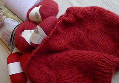 skappelgenser 22 Red Cottage, Villa, Colours, Autumn, Knitting, Color Themes, Holland, Tricot, The Nederlands