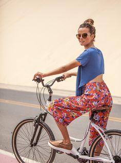 Moda, tendências, lifestyle, óculos, relógios, confecção, praia, calçados, wetsuits, acessórios de surf, surf, skateboard, natação, triathlon, moda feminina, moda masculina.