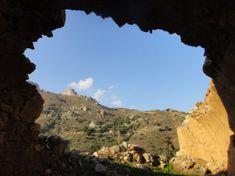 17122013-een-klooster-prevelli-kreta-en-wandelen Heraklion, Grand Canyon, Water, Travel, Outdoor, Gripe Water, Outdoors, Viajes, Destinations