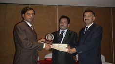 Dr. Pawan Kumar receiving certificate of Fellowship in minimal access Surgery at World Laparoscopy Hospital. For more detail please log on to www.laparoscopyhospital.com
