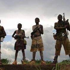 Vagabondi notturni - Wojciech Jagielski - soldati bambini in Uganda