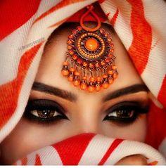 ღஐღ Вeauty dosage of the Eastღஐღ Arab Women, Muslim Women, Pretty Eyes, Cool Eyes, Beautiful Hijab, Beautiful Women, Arabian Eyes, Arabic Makeup, Eye Pictures