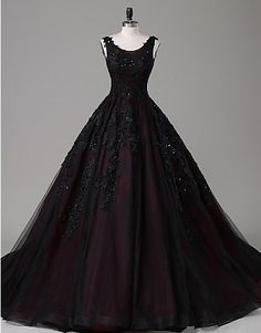 67 New Ideas For Birthday Party Dress Women Posts Party Dresses For Women, Trendy Dresses, Elegant Dresses, Nice Dresses, Casual Dresses, Dresses Uk, Quinceanera Dresses, Homecoming Dresses, Goth Wedding Dresses