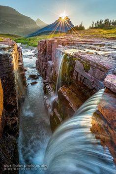 Triple Falls - Glacier National Park - Montana - EUA. The world can be a beautiful place. <3