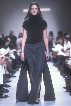 royaume: Anne-Catherine Lacroix at Balenciaga Fall/Winter Fashion 101, 90s Fashion, Balenciaga, Nicolas Ghesquiere, Looks Vintage, 1990s, Going Out, Fall Winter, Autumn