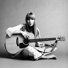 One of the major talents from the Yorkville era was Joni Anderson. You'll know her better as Joni Mitchell. First heard her do Circle Game about 1965. She was a fixure at 'The Riverboat' https://www.youtube.com/watch?v=V9VoLCO-d6U
