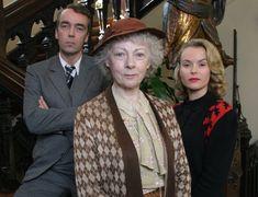 4.50 from Paddington Agatha Christie's Marple, Detective Movies, John Hannah, Novel Movies, Mystery Show, Bbc Tv Shows, Tv Detectives, Miss Marple, Hercule Poirot