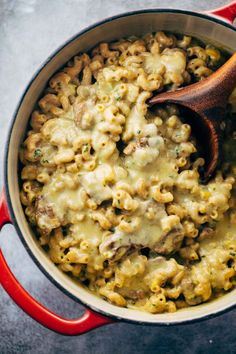 This Steak and Cheddar Mac and Cheese is the ultimate comfort food - and it's the perfect match for a glass of red wine.