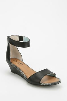 Seychelles 'Sometimes' mini wedge sandal.