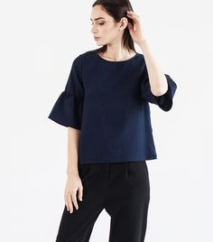 The+Most+Flattering+Types+of+Tops,+According+to+a+Celeb+Stylist+via+@WhoWhatWearAU