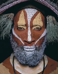 Man as art : New Guinea body decoration photographs by Malcolm Kirk 1981