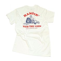 Hangin' with the lion tee IDR. 159,000 Order/inquiries: Line: @strain5758 ( use @ )