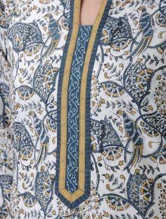 Ivory-Blue Kalamkari-printed Mandarin Collar Cotton Kurta
