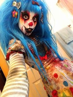 Ideas & Accessories for you DIY Creepy Clown Halloween Costume Idea Ideas & Accessories for you DIY Creepy Clown Halloween Costume Idea Clown Costume Women, Clown Halloween Costumes, Halloween Look, Creepy Halloween, Halloween Cosplay, Halloween Photos, Vintage Halloween, Toddler Halloween, Halloween Crafts