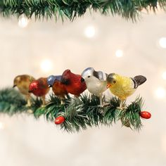 Vintage Christmas, Country Christmas figurines, Old Fashioned Christmas ornaments and retro Christmas party decorations. Find Christmas decorating ideas here! Old World Christmas Ornaments, Small Christmas Trees, Woodland Christmas, Bird Ornaments, Christmas Gift For You, Christmas Figurines, Christmas Mantels, Christmas Animals, Retro Christmas