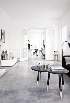Verander de uitstraling van je kamer met een andere vloer. Bekijk de zeven trends van 2016 op het gebied van vloeren.