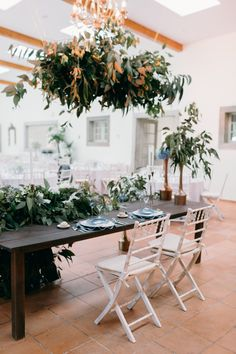 Intimate rustic vintage wedding on a quinta / villa in Alenquer, Portugal. Elopement destination wedding of your dreams. Planning by StudioVictorias Elope Wedding, Wedding Venues, Wedding Abroad, Destination Wedding Planner, Best Wedding Photographers, Stunning View, Lisbon, Portugal, Villa