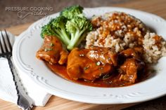 SPICY HONEY GARLIC CHICKEN...PRESSURE COOKER....USE BONELESS SKINLESS CHICKEN BREASTS AND ONLY COOK FOR 6 MINUTES