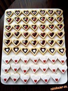 Výsledek obrázku pro cukrové zdobení na pečení Christmas Sweets, Christmas Candy, Christmas Baking, Christmas Cookies, Polish Desserts, Mini Desserts, Chocolate Work, Sweet Bar, Lego Cake