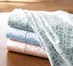 Love this pattern but would love a bolder color--perhaps a poppy or a coral.