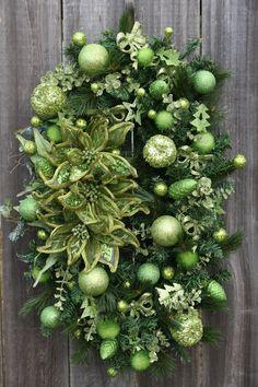 Apple Green Christmas, an oval Christmas wreath