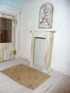 Dollhouse Rachel Ashwell Shabby Chic Rose Rug, Lauren, Scale One Inch. $14.00, via Etsy.