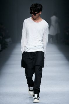 http://chicerman.com  sickstreetwear:  Follow for the best of street fashion  follow@sickstreetfashionon instagram!  #summerlook