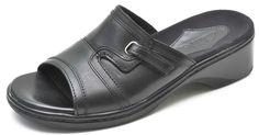 Clarks MERU Black Leather Slides Sandals Slip-Ons Women's 6 - NEW - 70111 #Clarks #Slides