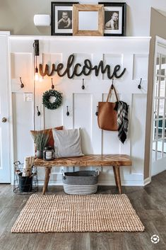 Entry Way Ideas Rustic Home Entry Way Ideas Rustic Home Carleyb Farmhouse Home Decor I m Loving entrywaydecor homedecor homedecorideas bohohome livingroomdecor masterbedroomideas masterbedroom livingroomideas nbsp hellip Living Room wall Cheap Home Decor, Diy Home Decor, Diy Casa, Entryway Decor, Foyer, Rustic Living Room Decor, Living Room Wall Ideas, Kitchen Entryway Ideas, Home Entrance Decor