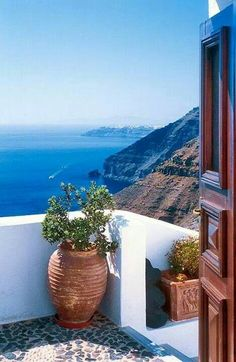 Balcony in Santorini #traveltuesday  http://www.yourcruisesource.com/two_chefs_culinary_cruise_-_istanbul_to_athens_greek_isles_cruise.htm