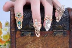 New-Beauty-Bowknot-Crystal-Rhinestone-Nail-Art-Knuckle-Band-Finger-Tip-Ring-Xmas