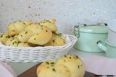 ABOUT VERENA : Knoblauch Knoten / Garlic Knots Recipe