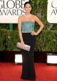 Olivia Munn knocked it out of the park in a dress, shoes and bag by Giorgio Armani at the 2013 Golden Globes.